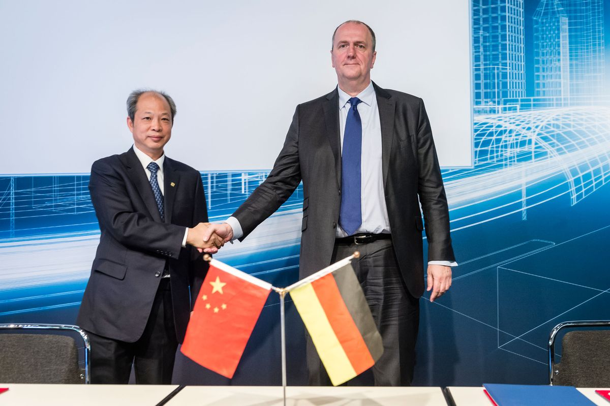 CRRC and TÜV NORD sign strategic cooperation agreement
